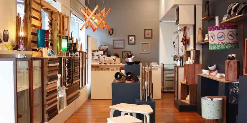 Qld Premier Opens Artisan M Art Store At Southbank